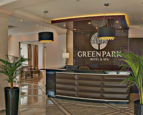 Retsepshen-otelya-Green-Park-Hotel1-500X400